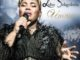 Lebo Sekgobela – Dumelang Keya Tsamaya (Live)
