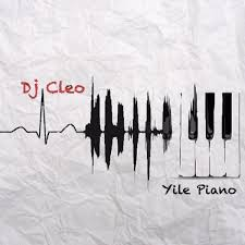 Suka Emabhozeni Amapiano DJ Cleo – Babhebheni (feat. Julluca)