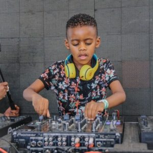 DJ Arch Jnr – Amapiano Quarantine Live Mix 2020
