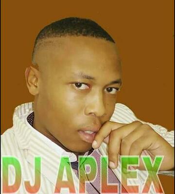 DJ Aplex – Isikhalo Sabaphantsi ft. Bobstar no Mzeekay