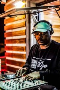 Dzo – Local Is Lekker 32 (Gipla Spin & Deco Bday Month Mix)