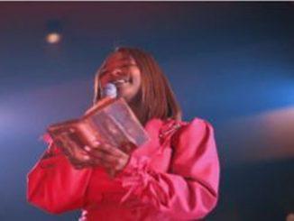 Xolly Mncwango – Yebo Nkosi (Acoustic) Video